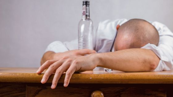 Symptoms and Causes of Alcohol Abuse
