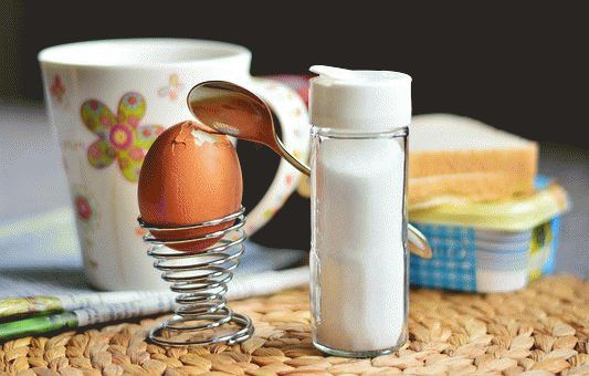 Boiled Egg with Cumin and Salt